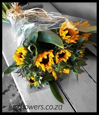 Sunflower Bouquet JF80