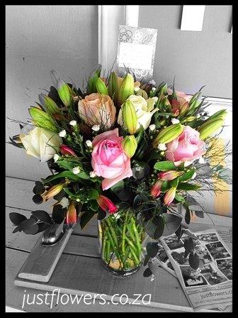Lilly & Rose Vase JF 84