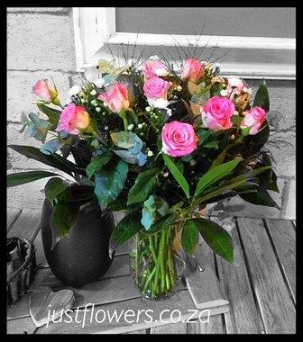 Glass Vase Roses JF09