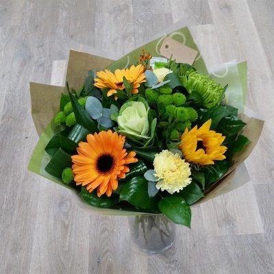 Yellow Hand tied (Vase not included) 00042