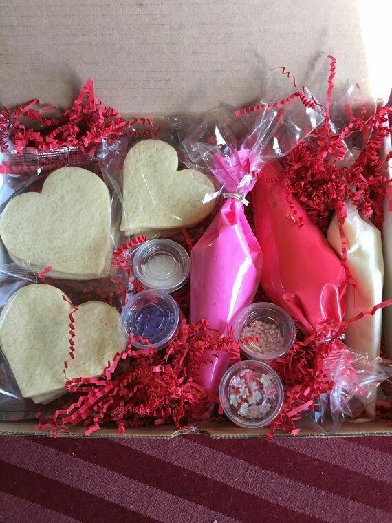 Valentine's Decorating Kit