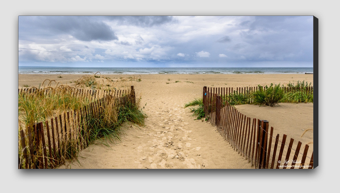 CANVAS PRINT - Welcome to North Sauble Beach, Ontario, Canada