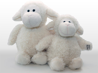 Sheep with inner heat pack