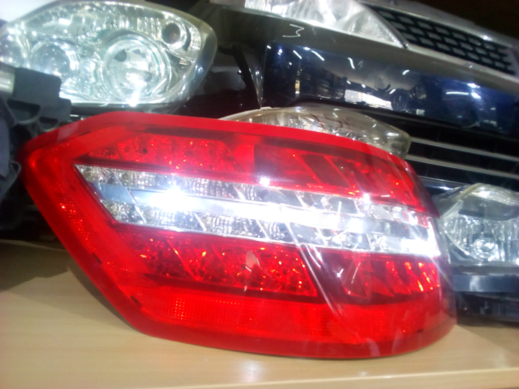 Mercedes Benz Tail Light 03322