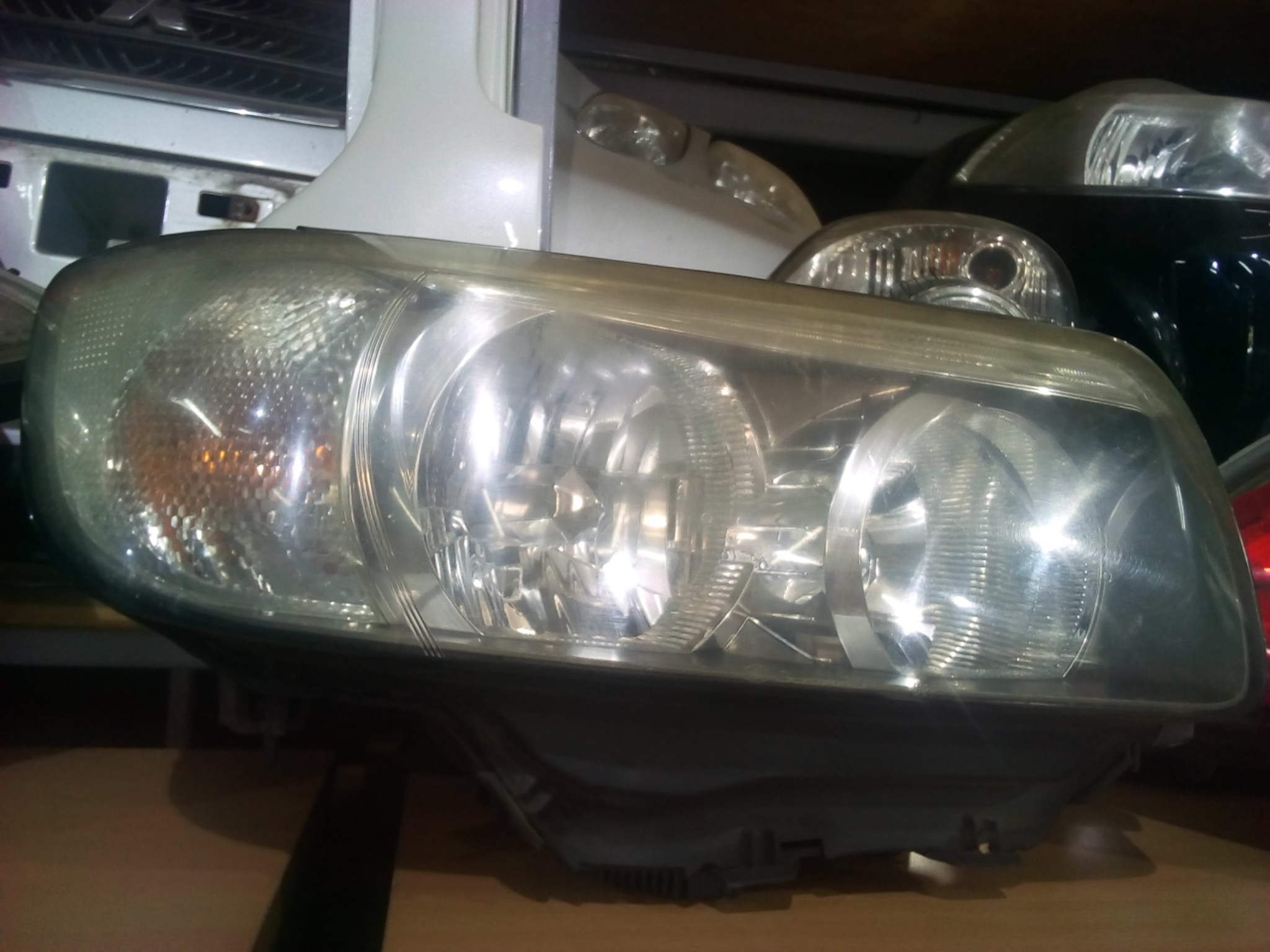 Subaru Forester SG5 Head Light  03323