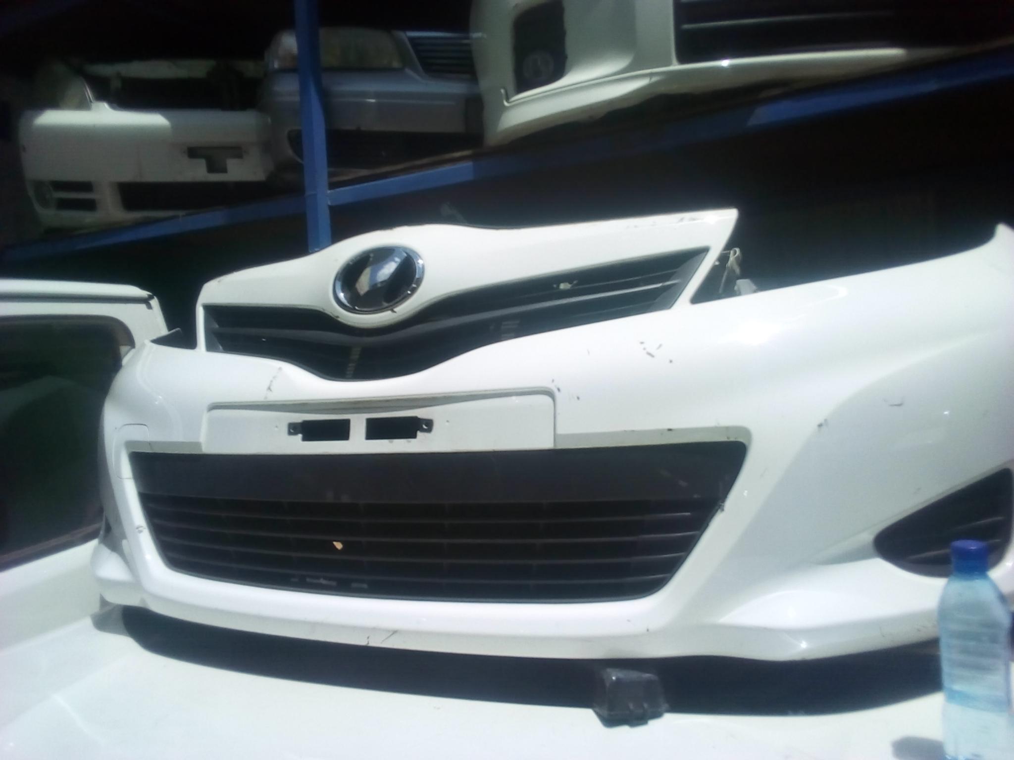 Toyota IST Nose cut 03350