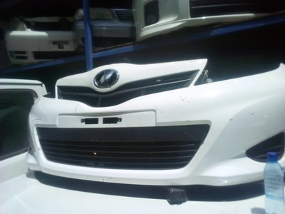 Toyota IST Nose cut