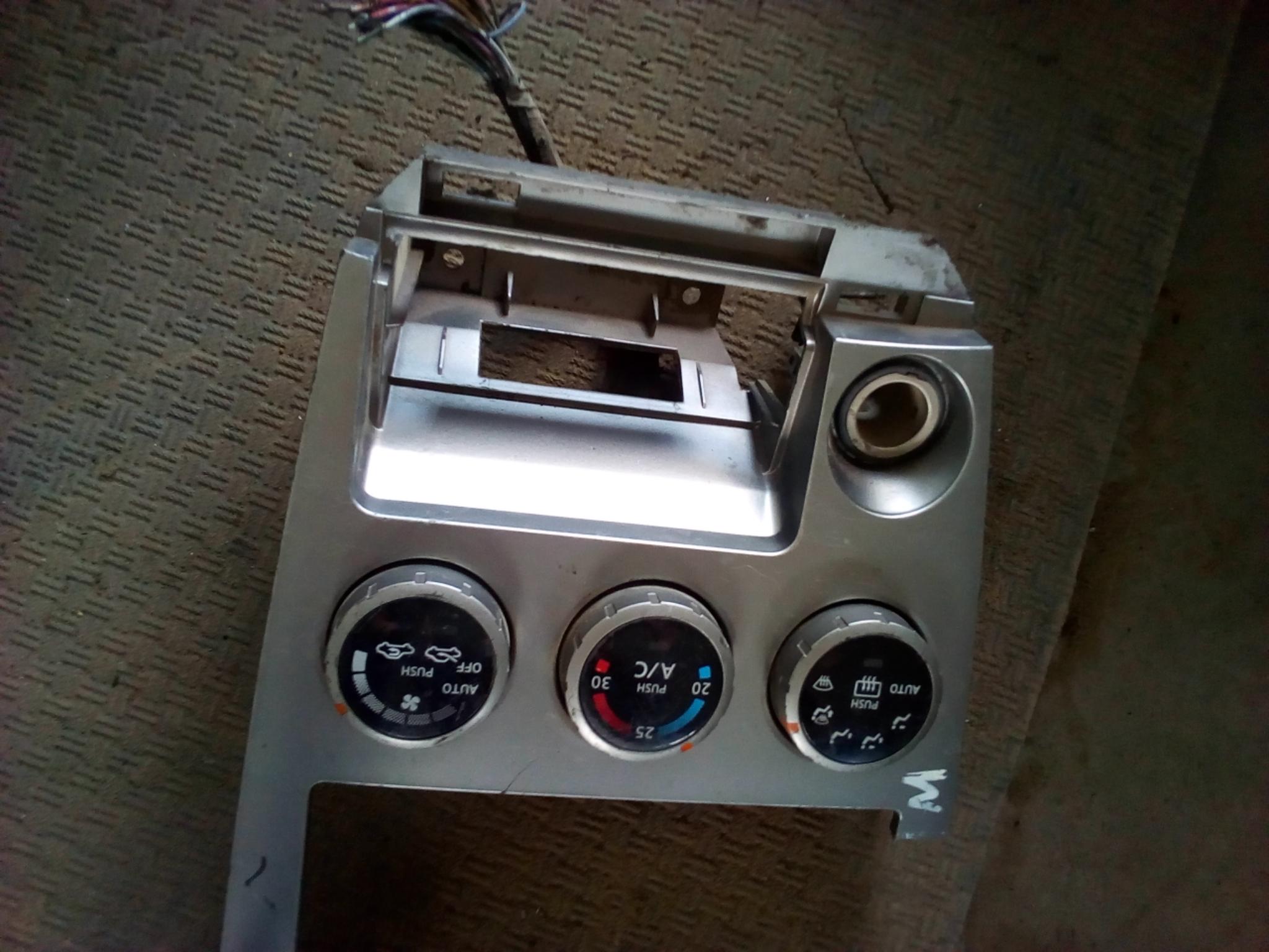 Radio panel 03406