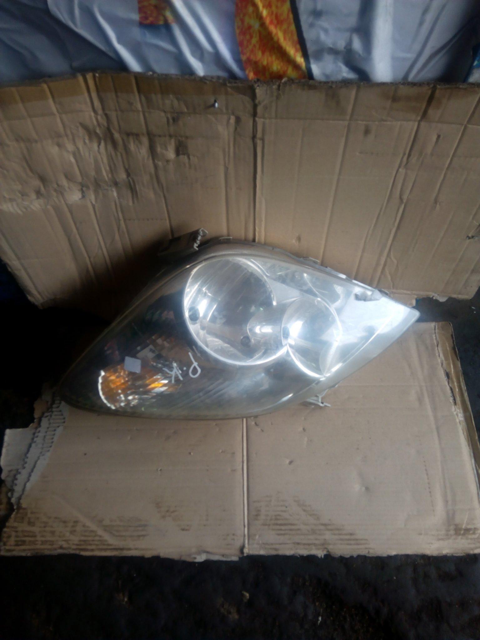 Toyota spacio headlight 00047pk