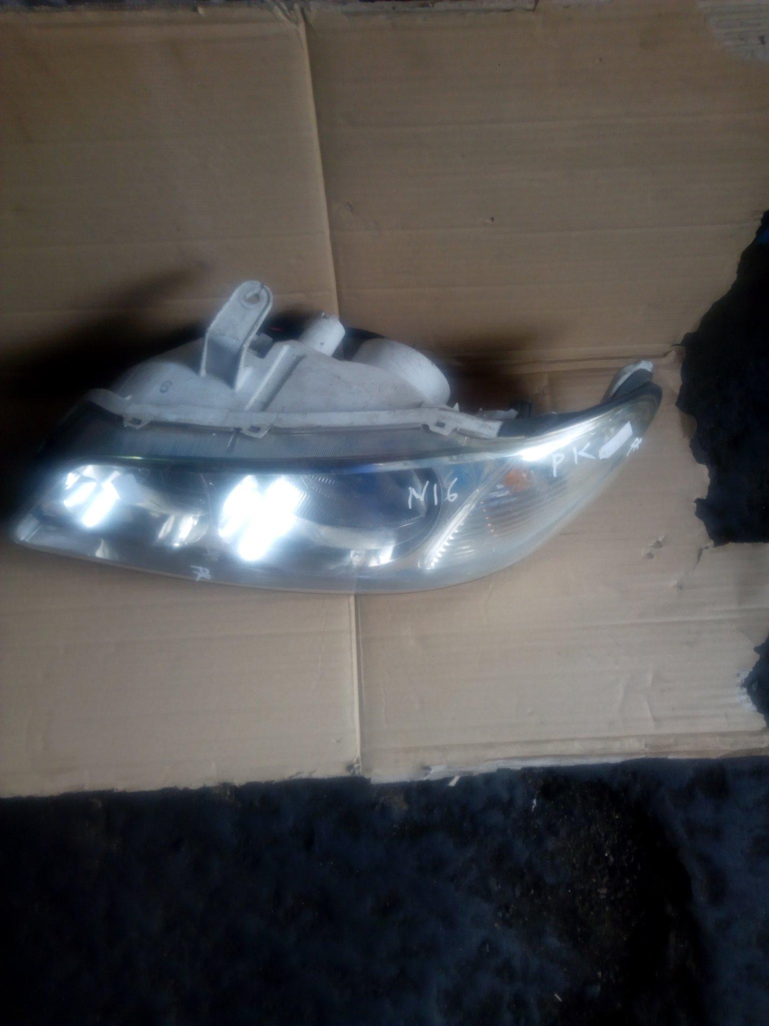 Nissan silphy headlight 00141
