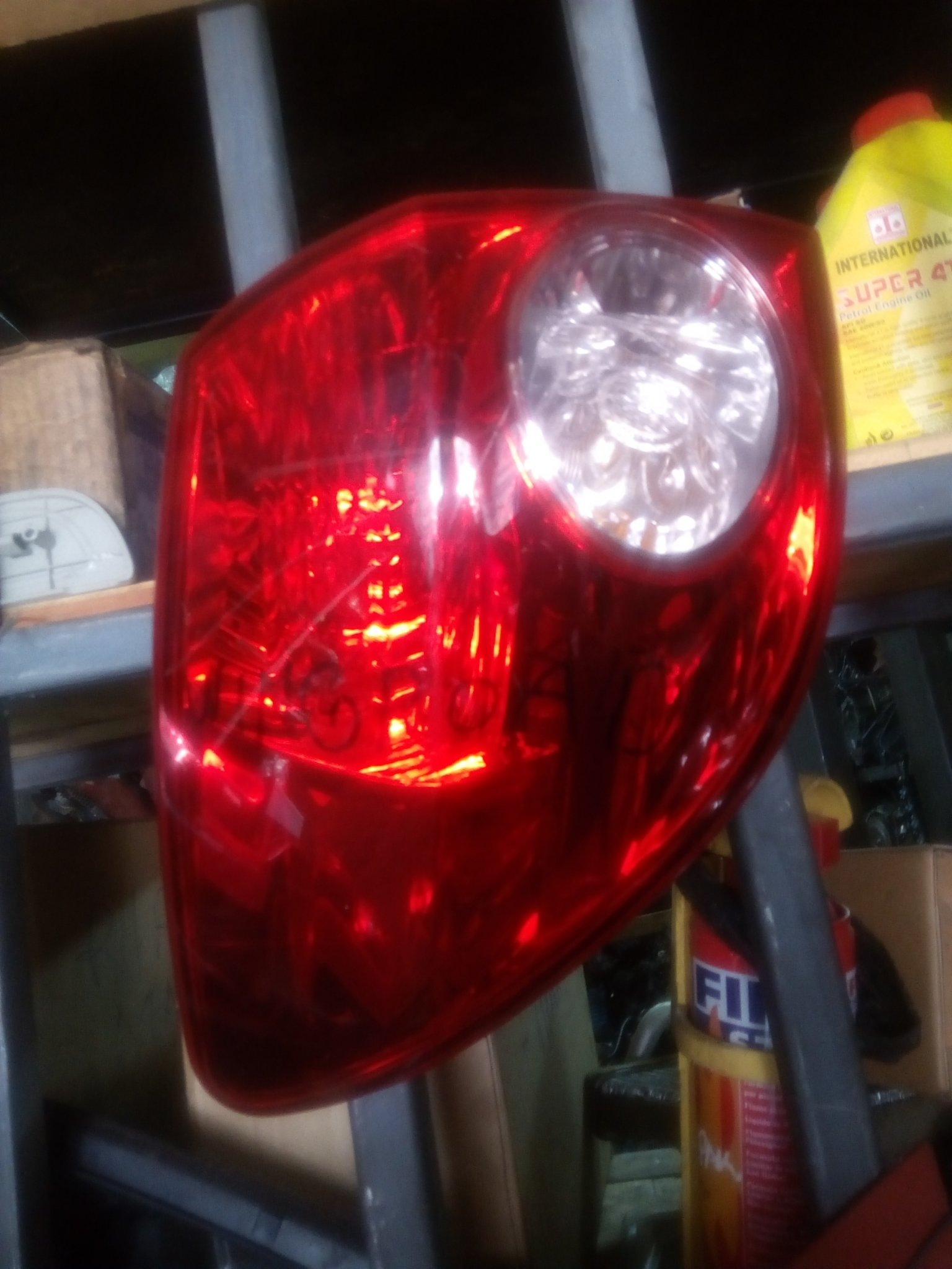 Nissan wingroad tail light 00224RL