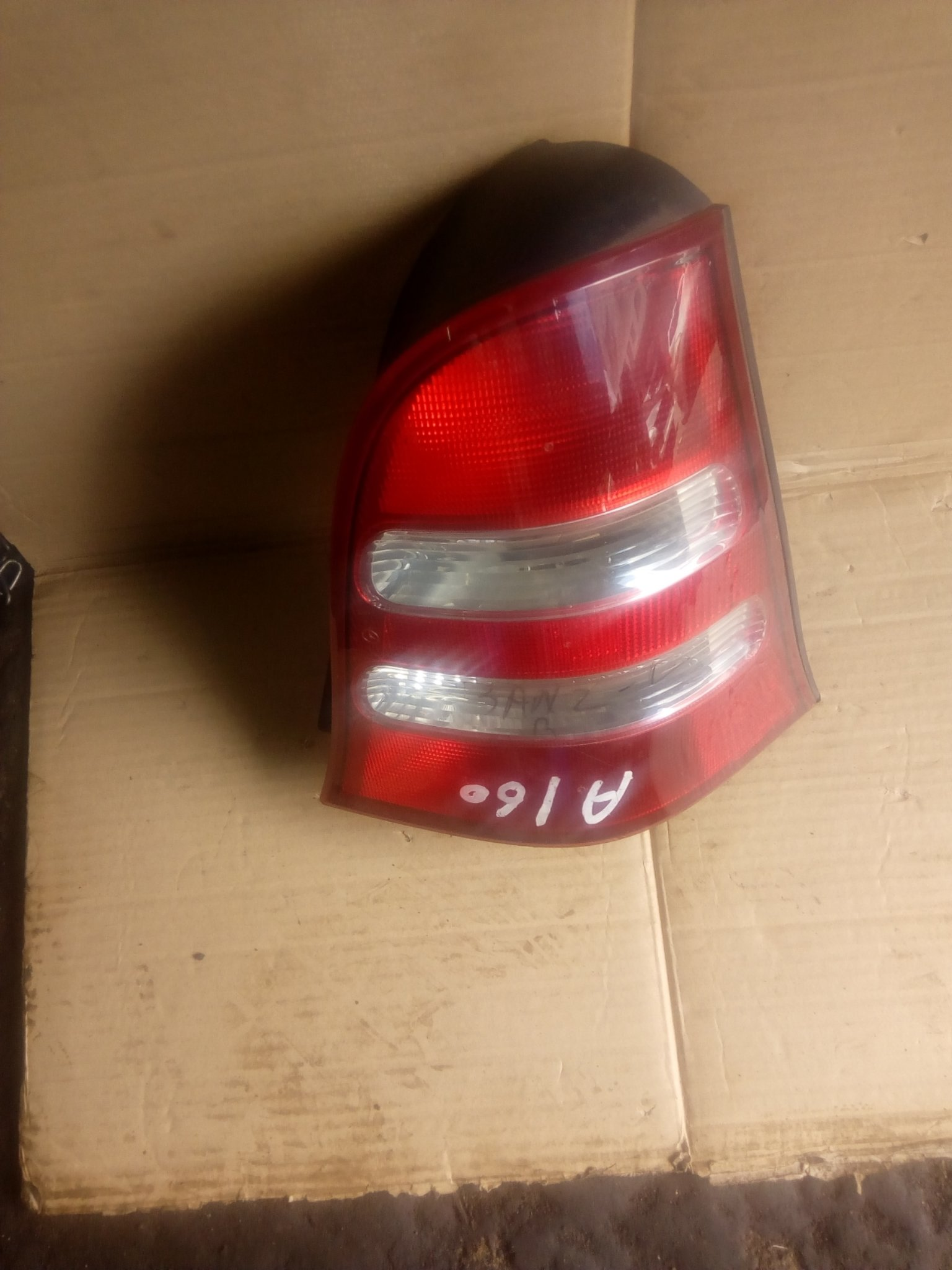 Meecedez benz tail light A160 00249