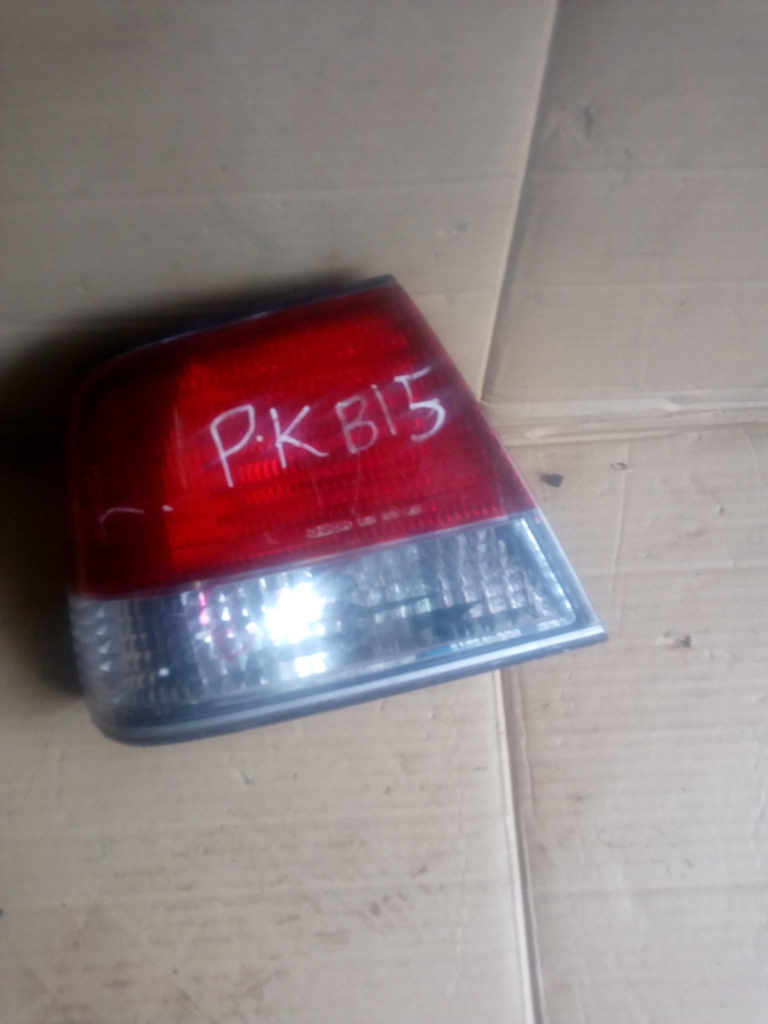 Nissan B15 tail light 00250