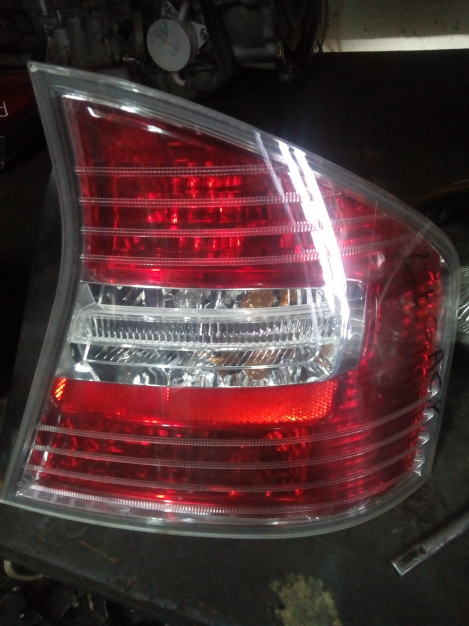 Subaru legacy BL5 tail light 00297