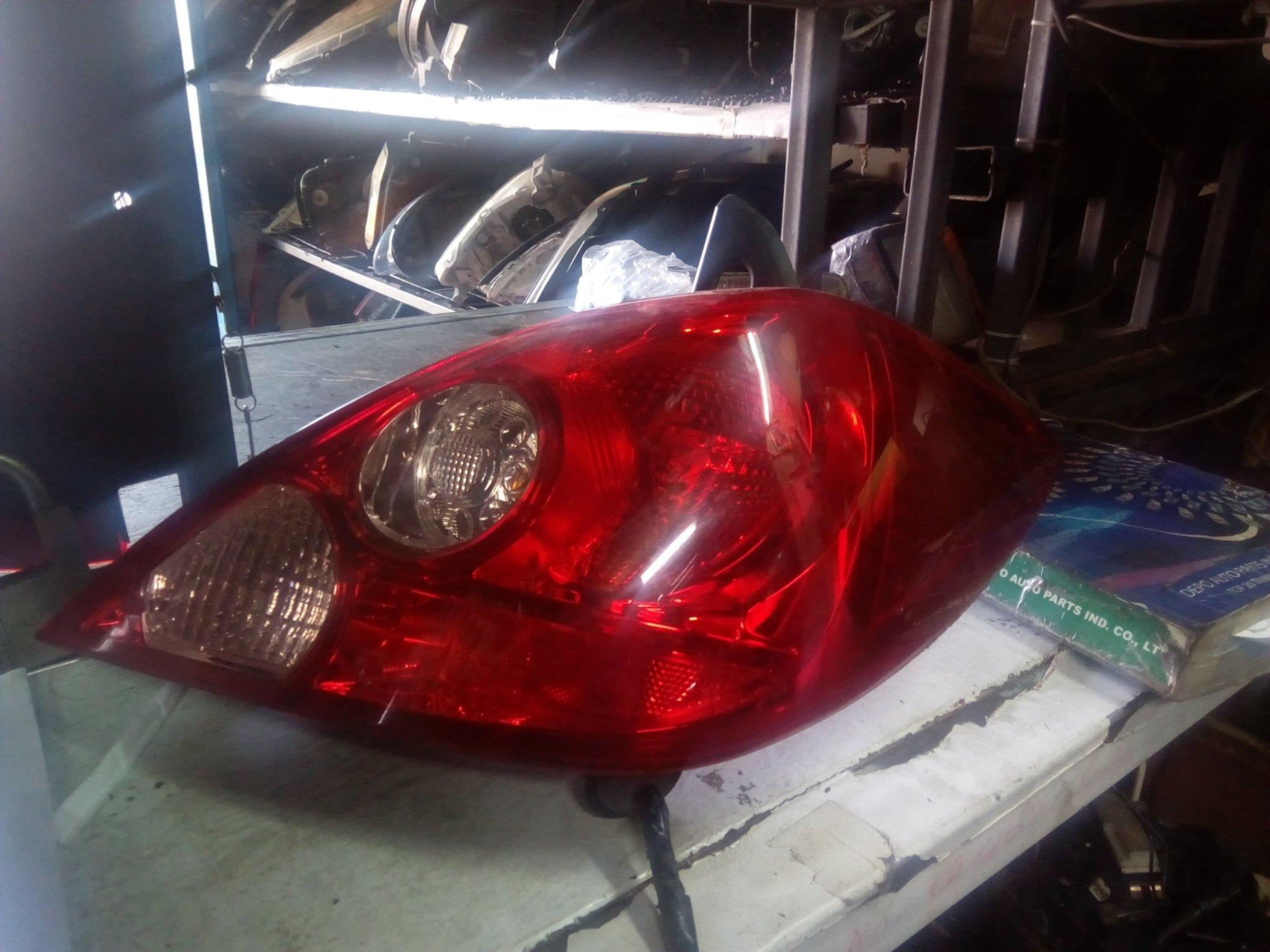 Nissan Tiida tail light 00302