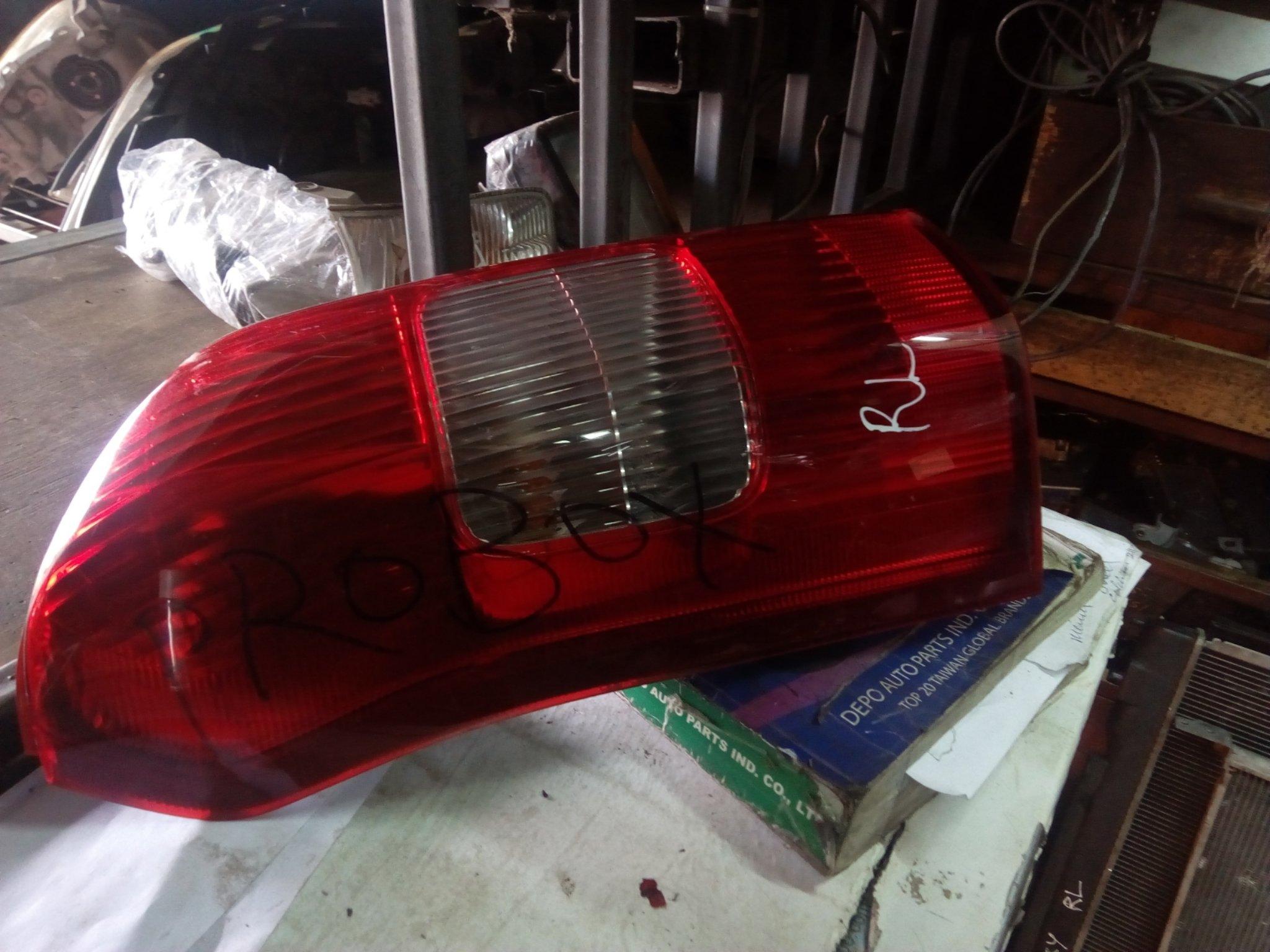 Toyota probox tail light 00308