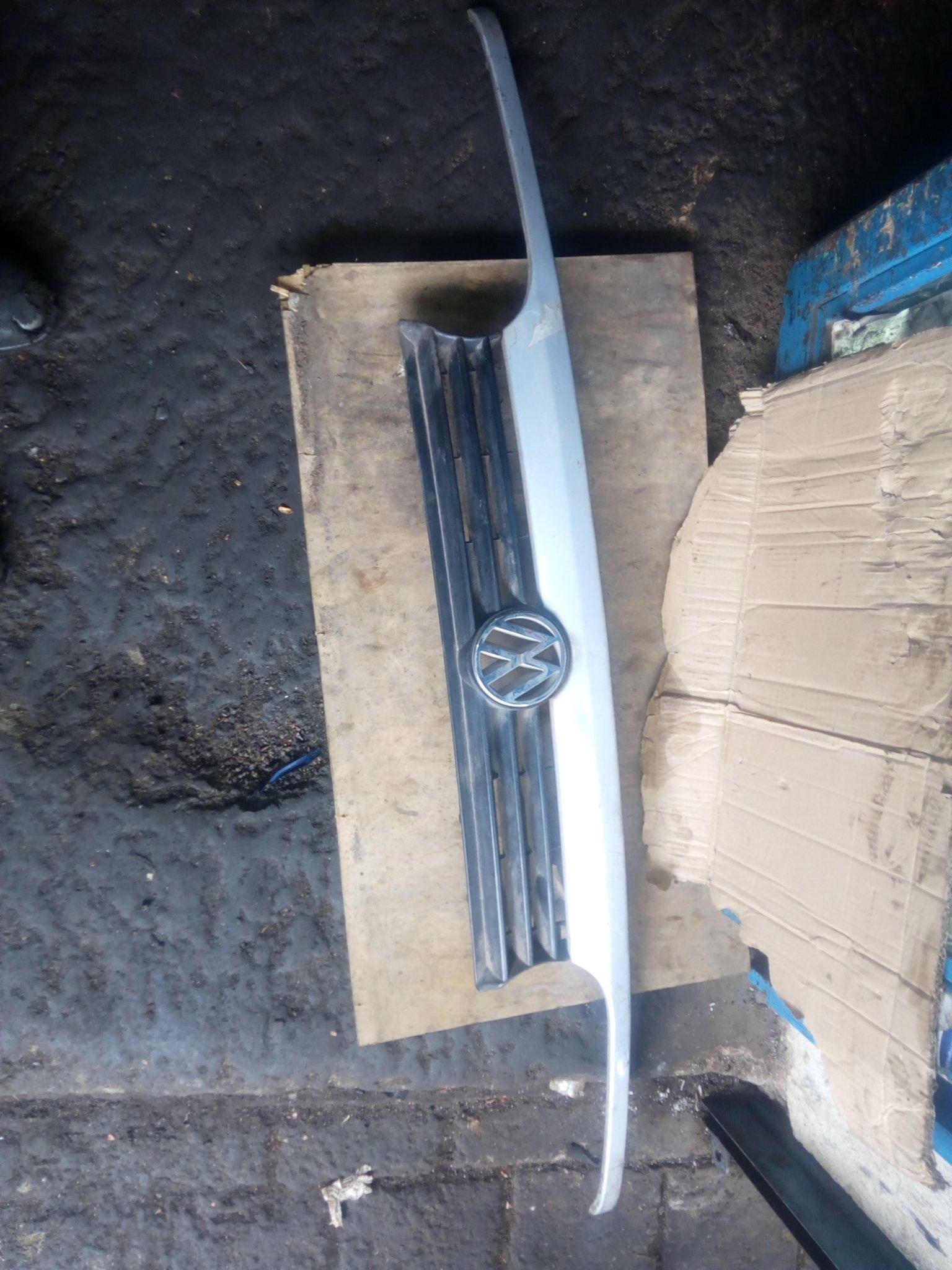 VW golf mark 2 grill 00317