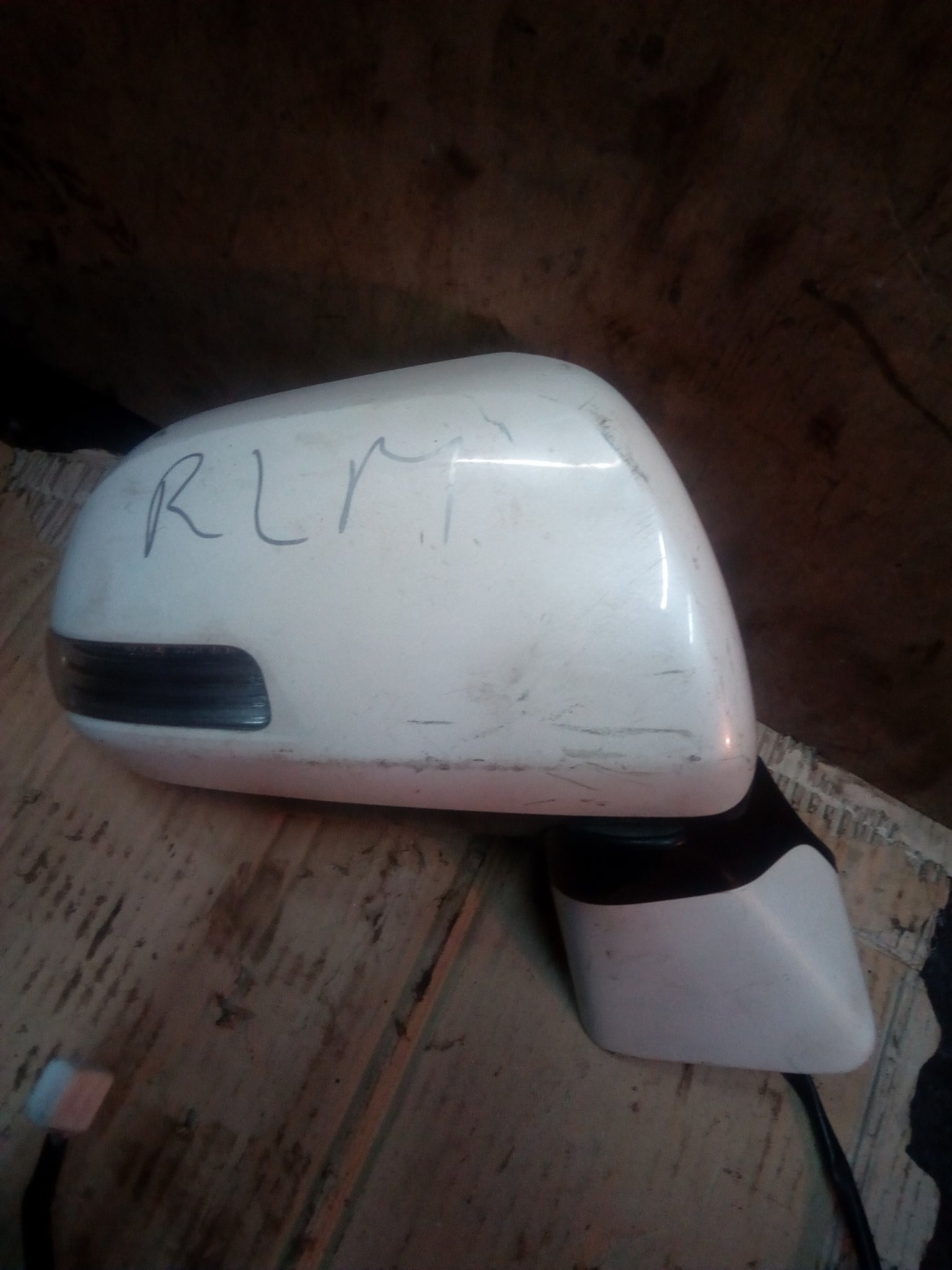 Toyota Noah side mirror 00347