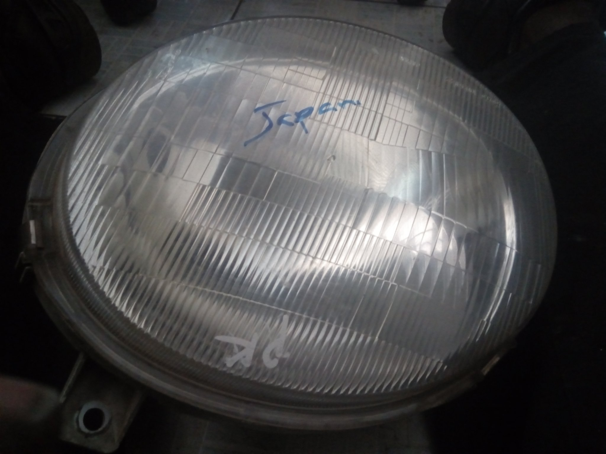 Headlight 00575