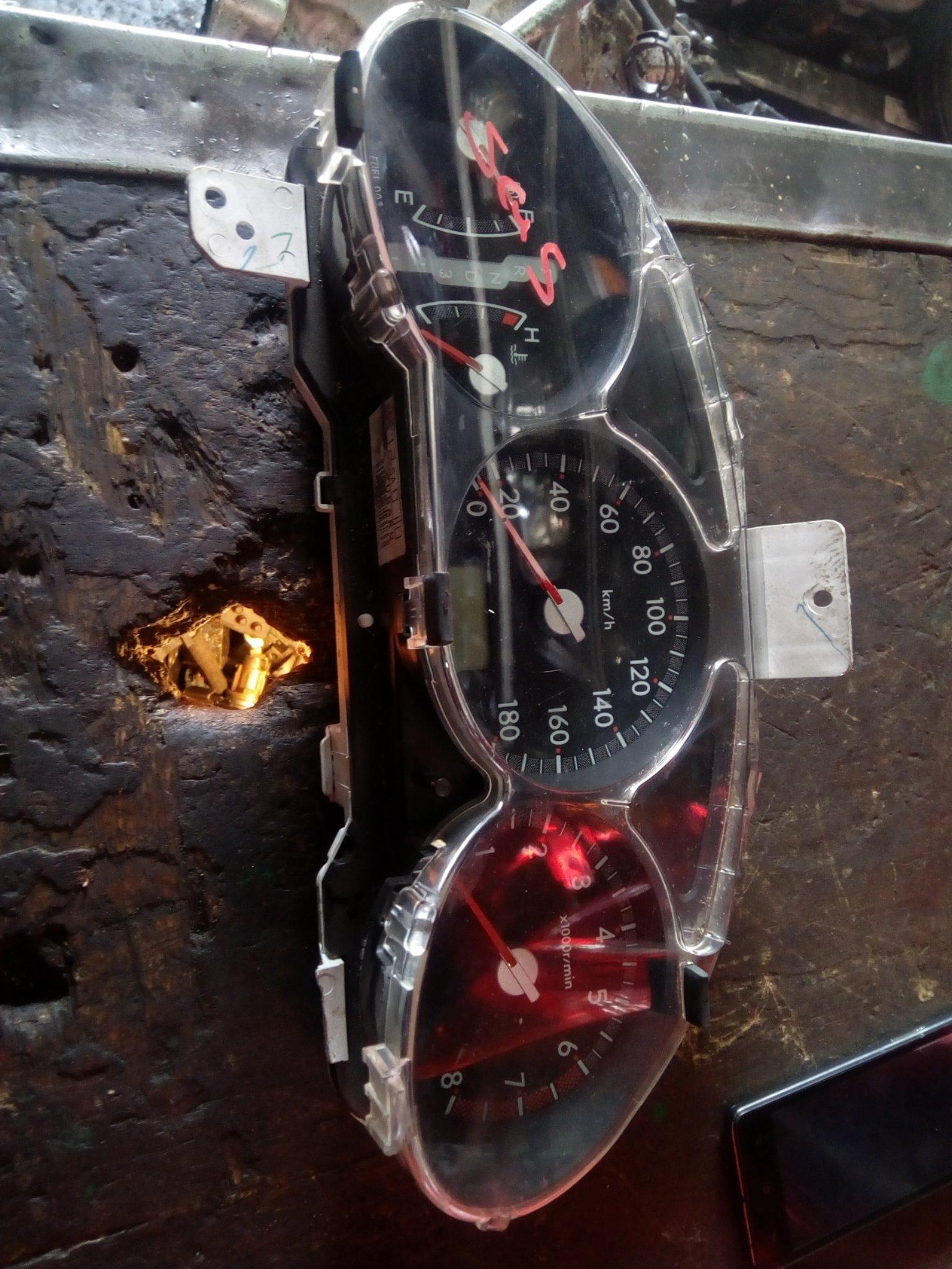 SG5 clock 00610