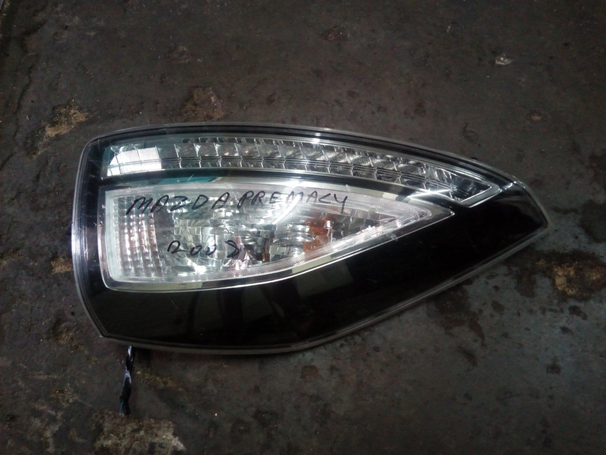 Mazda premacy tail light 00702lc