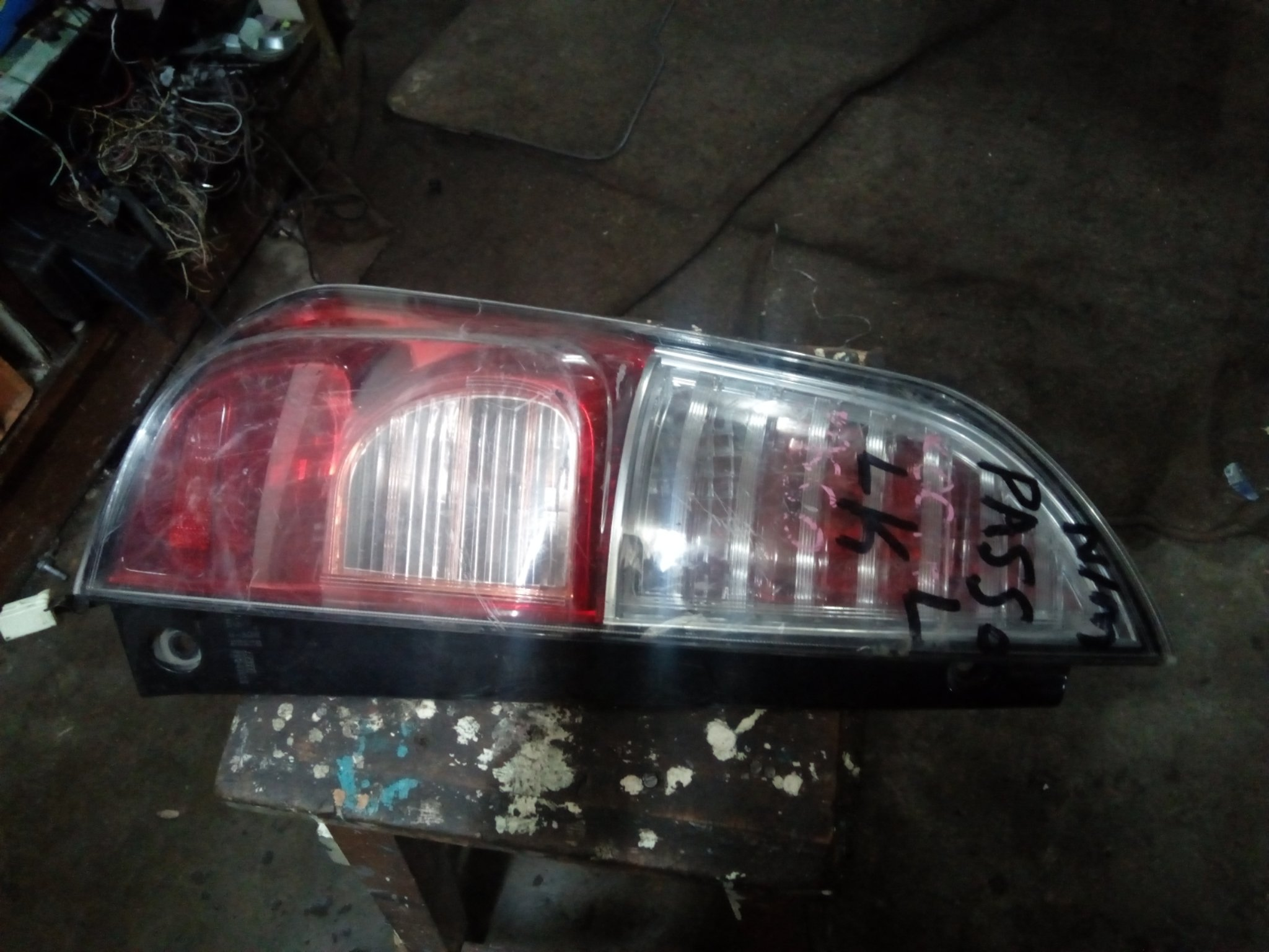 Toyota Passo tail light 00720lc