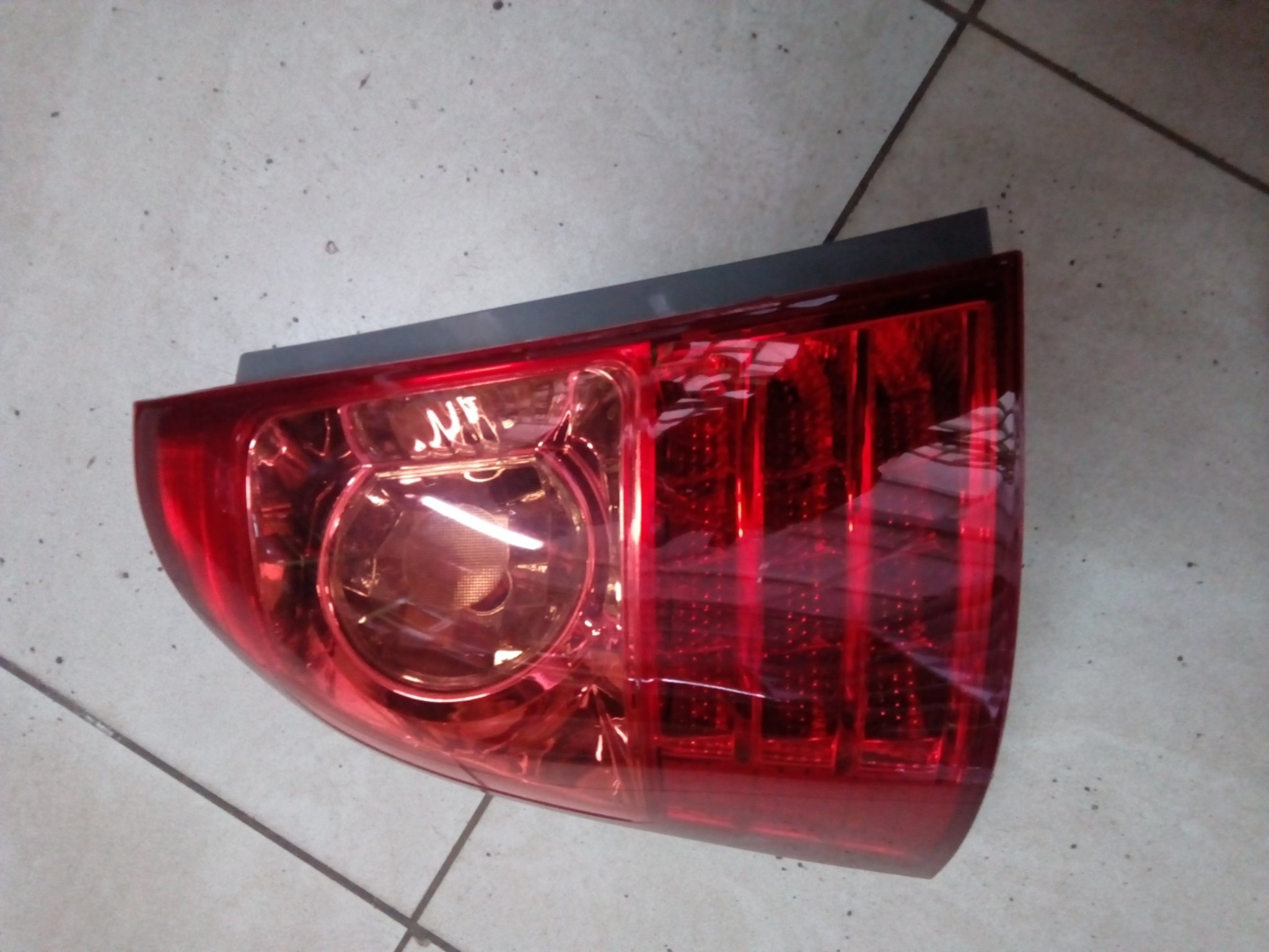 Toyota NZE Tail light 00785