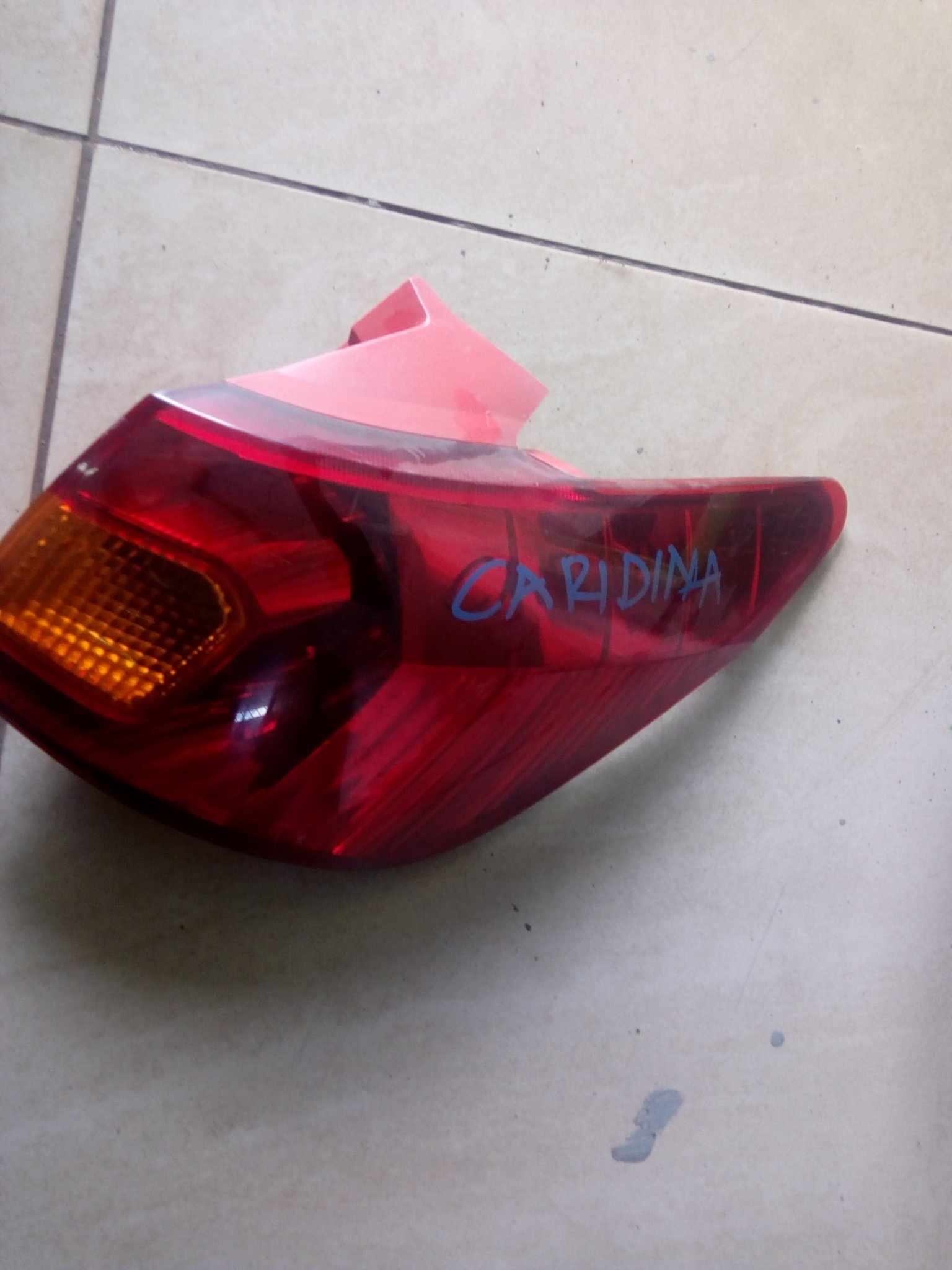Toyota caldina Tail light 00818