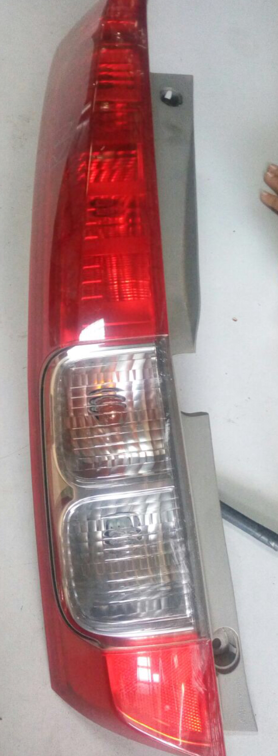 Honda streem tail light  00849