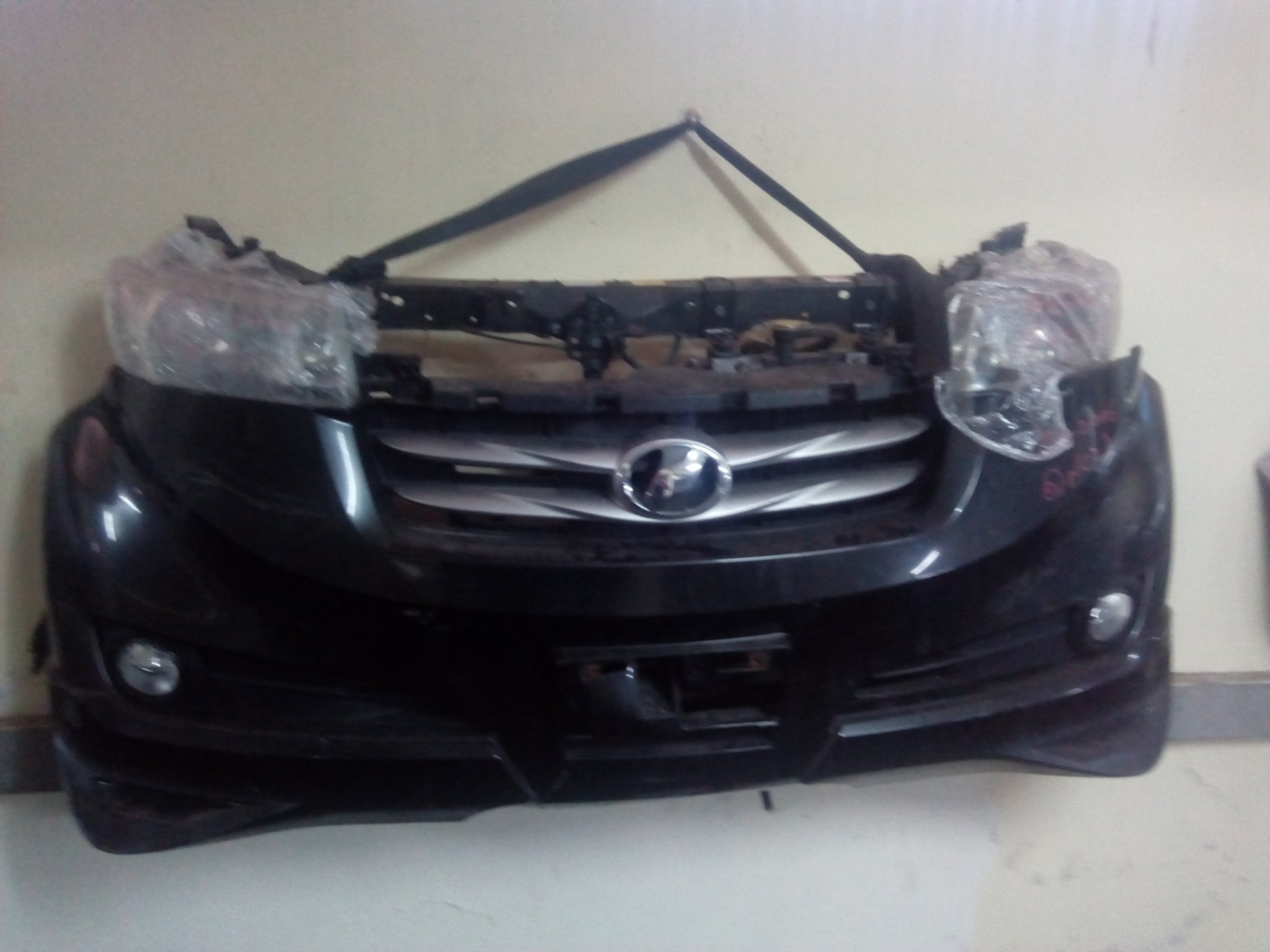 Toyota BB- 2006 nosecut 00874