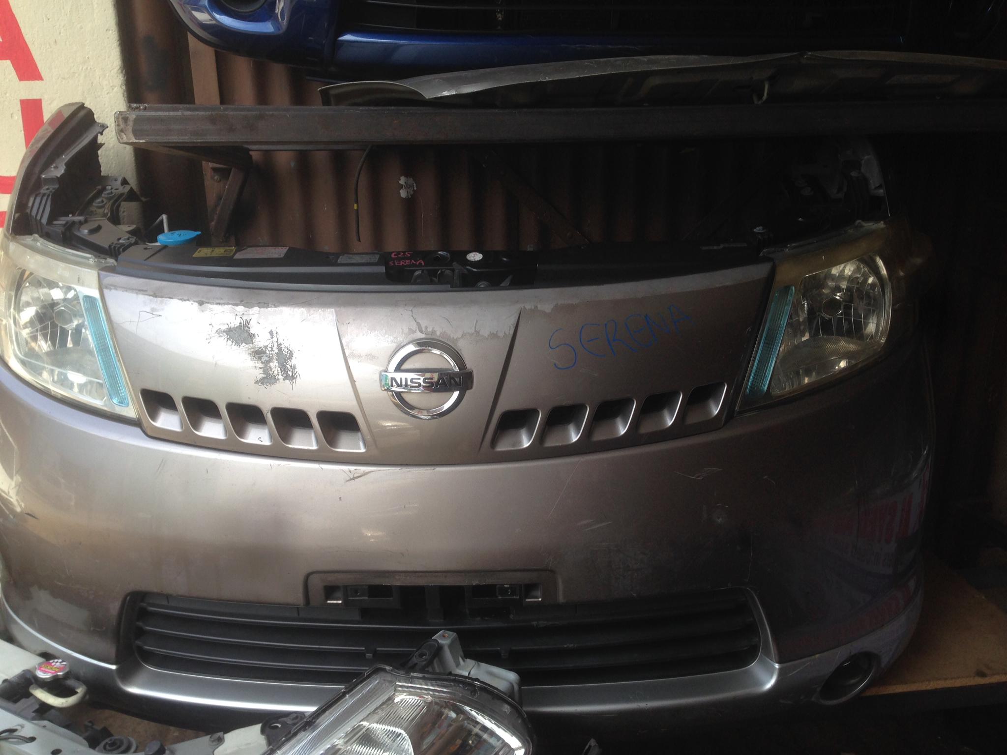 Nissan serena c25 nosecut  00994