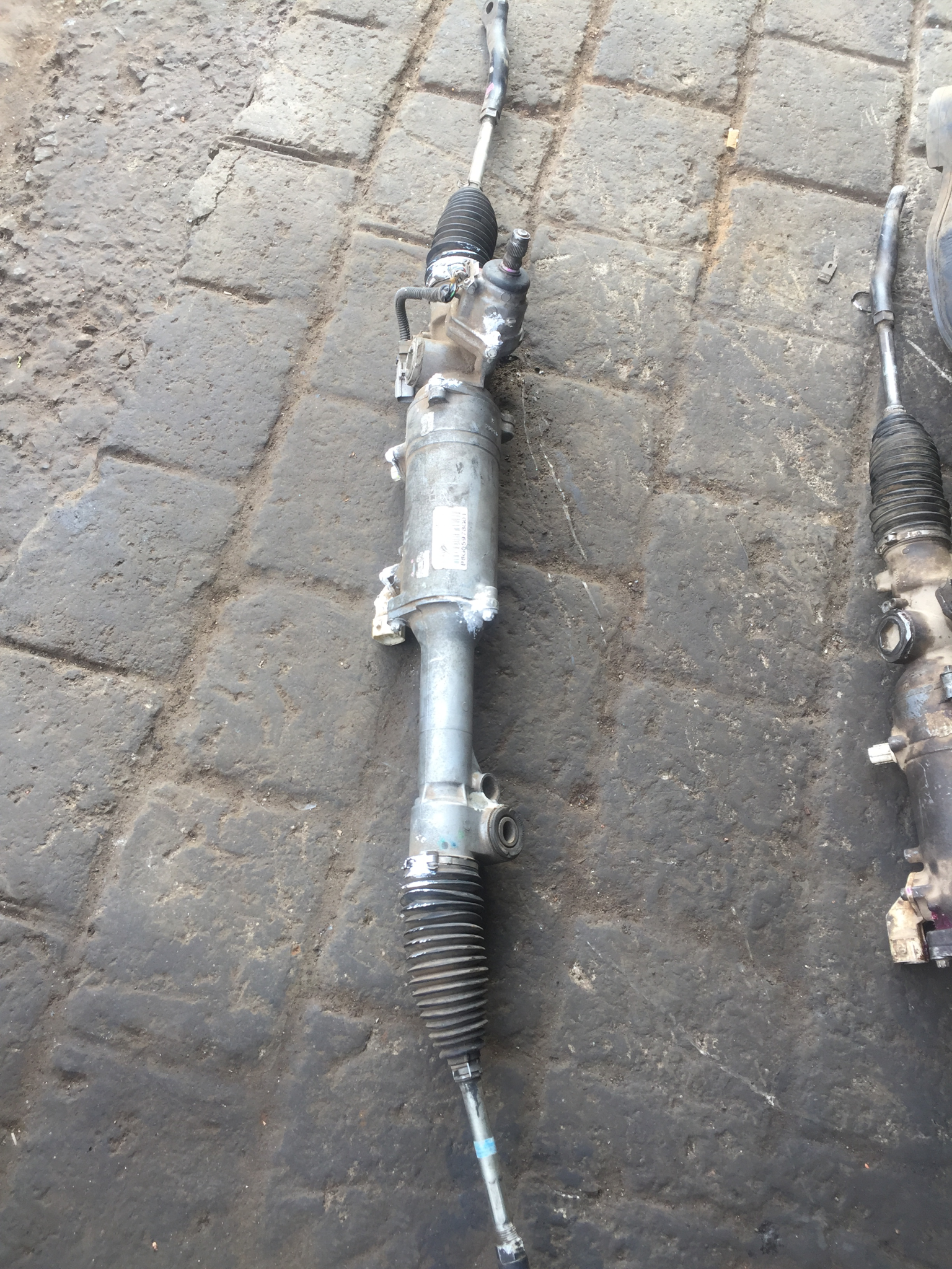 Toyota Mark x steering rack  00995