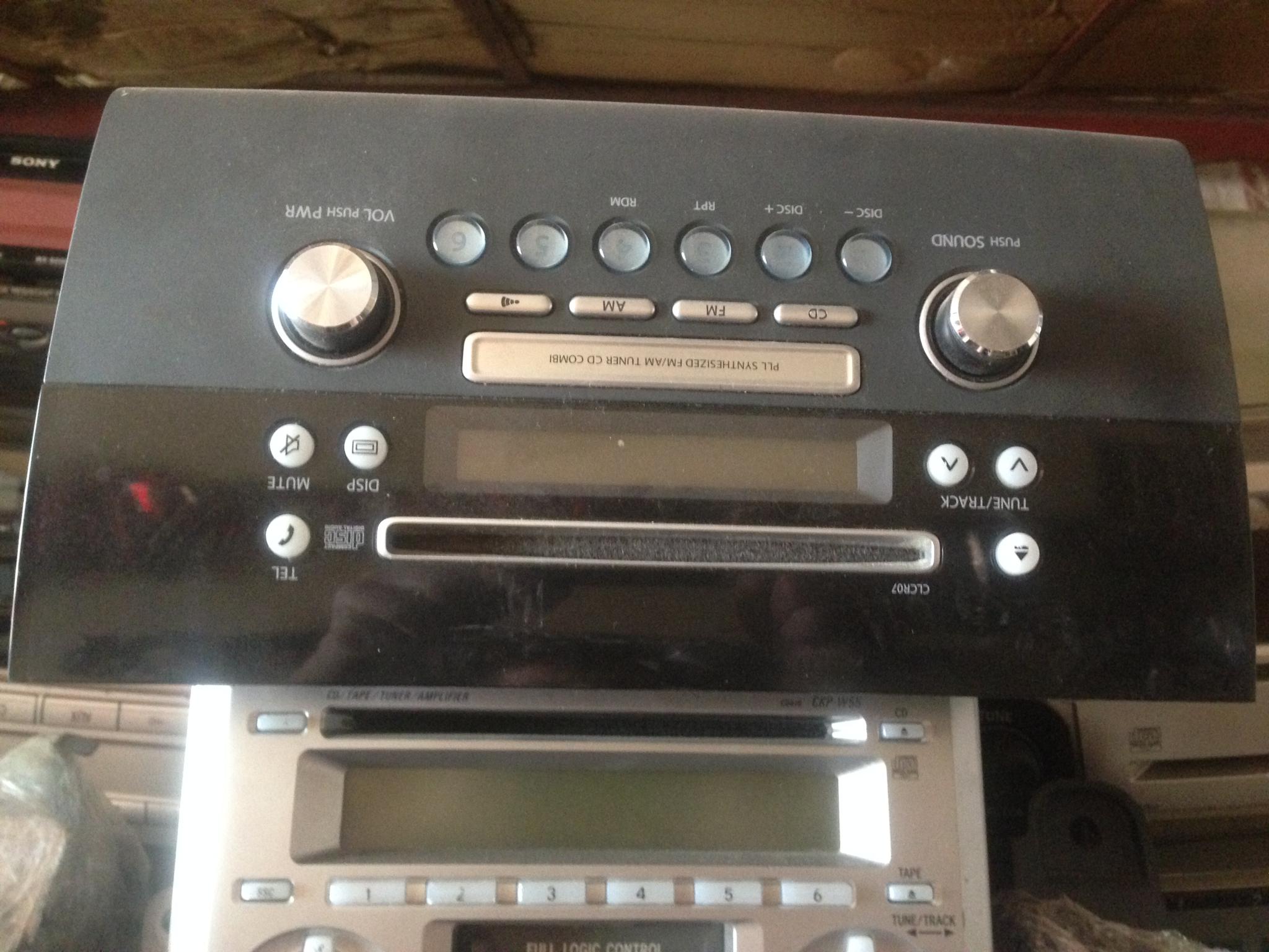 Radio  00998