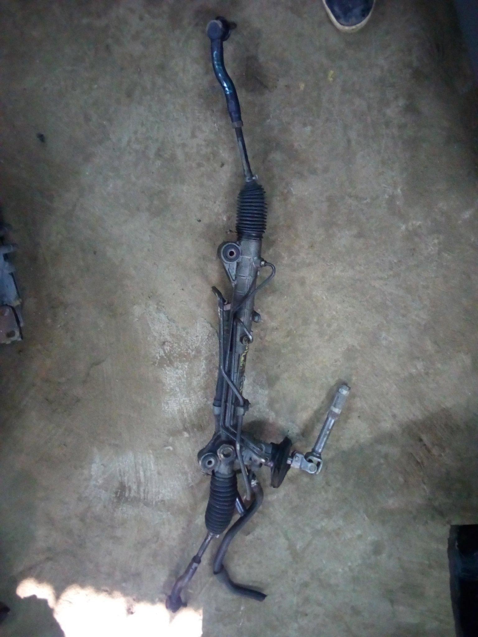Mazda demio dy3w steering rack  01054