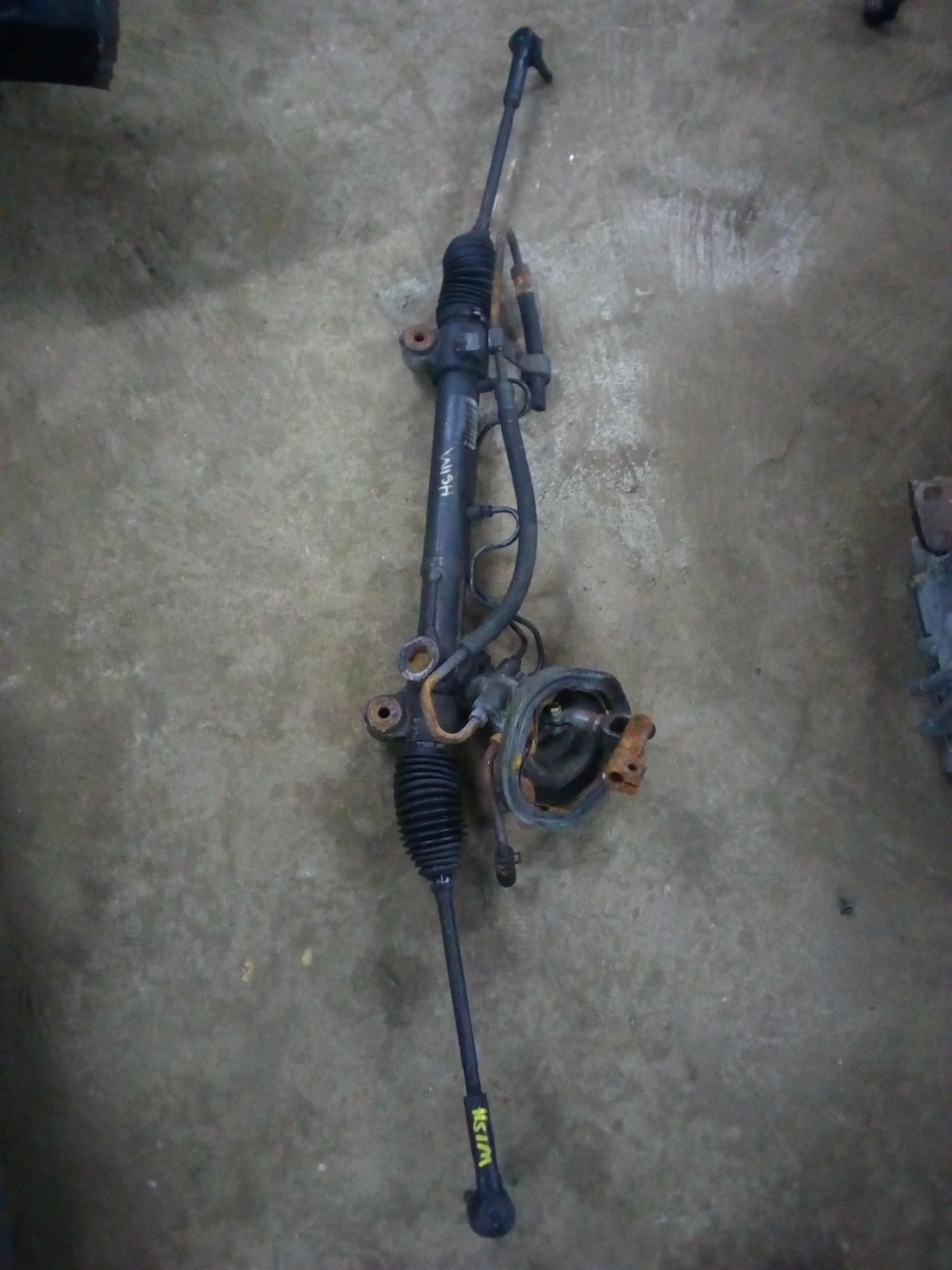 Toyota wish steering rack 01055