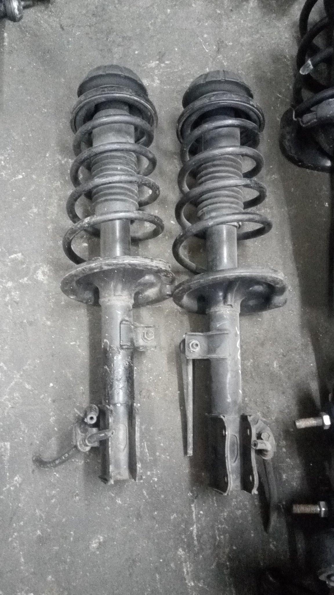 Suzuki swift front shocks 01338