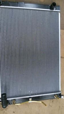 Lexus Alphard AT-22MM Radiator