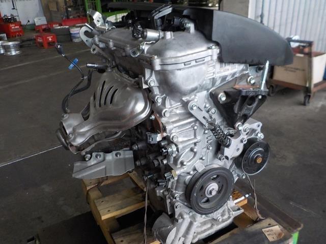 Toyota Premio 2NZ Engine 01710