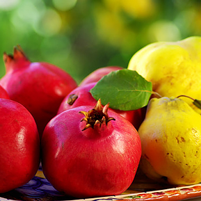 Pomegranate Quince White Balsamic Vinegar 00345