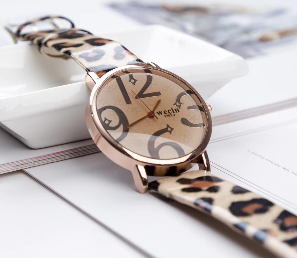 2019 neue mode frauen uhren leopardenmuster lederband analog quarzuhr damen armbanduhr reloj mujer bajan kol saat geschenk