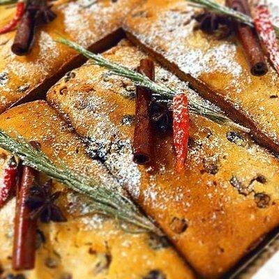 Рождественский кекс с цукатами, орешками и сухофруктами