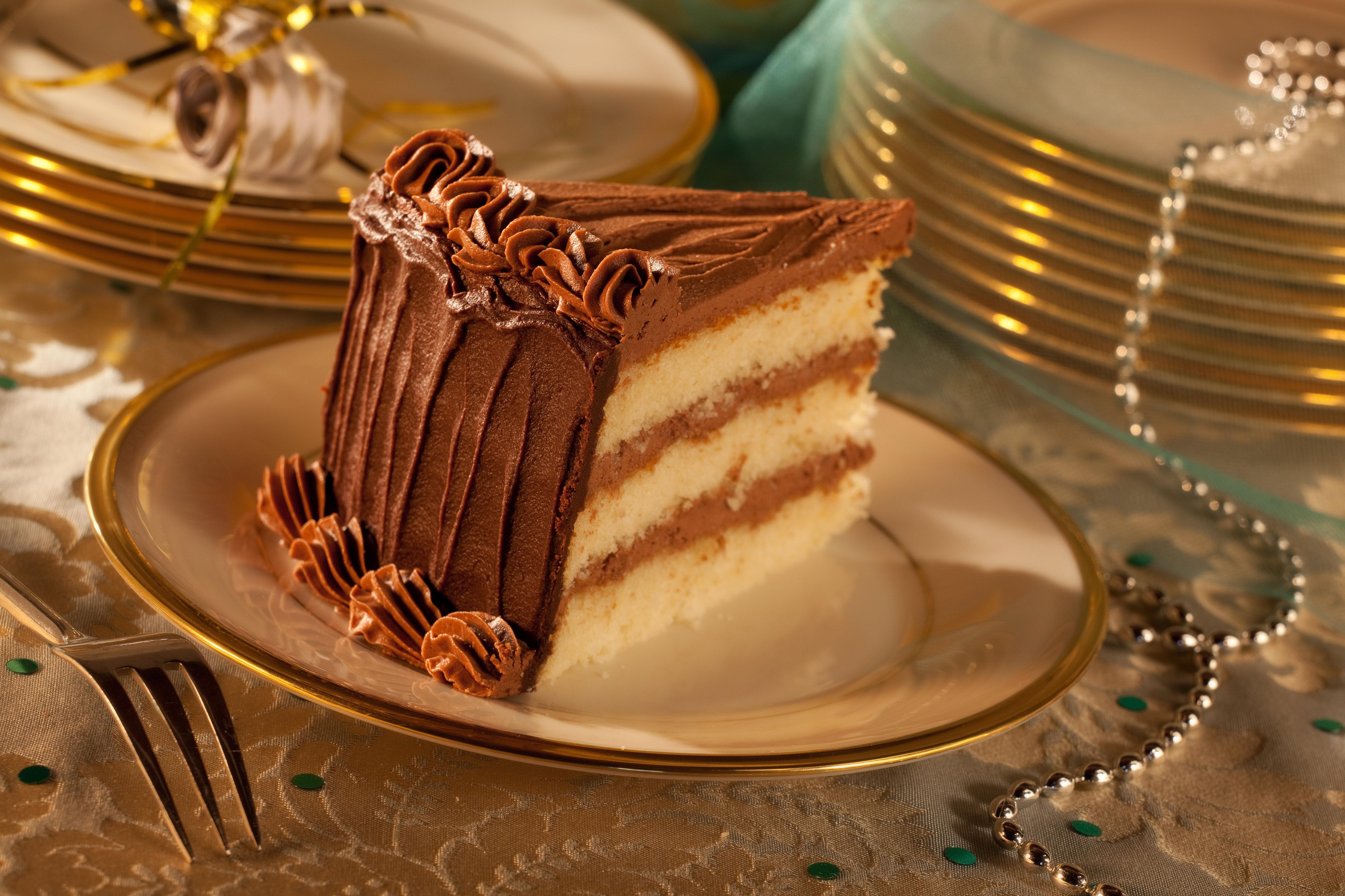 "8"" Round Layer Cakes"