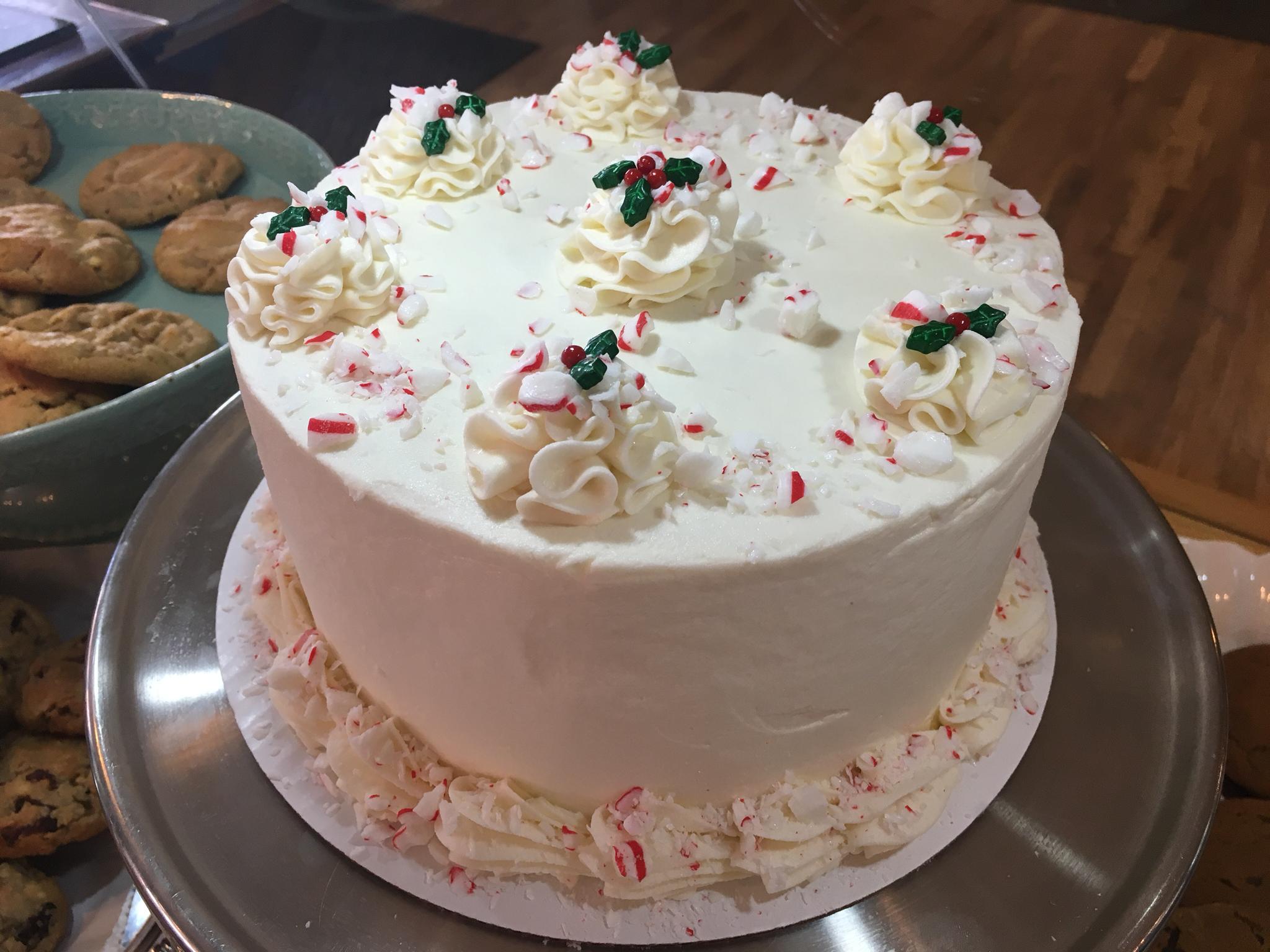 Santa's Favorite Cake 00016