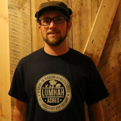 Lumnah Acres Mens T-shirt Navy Blue