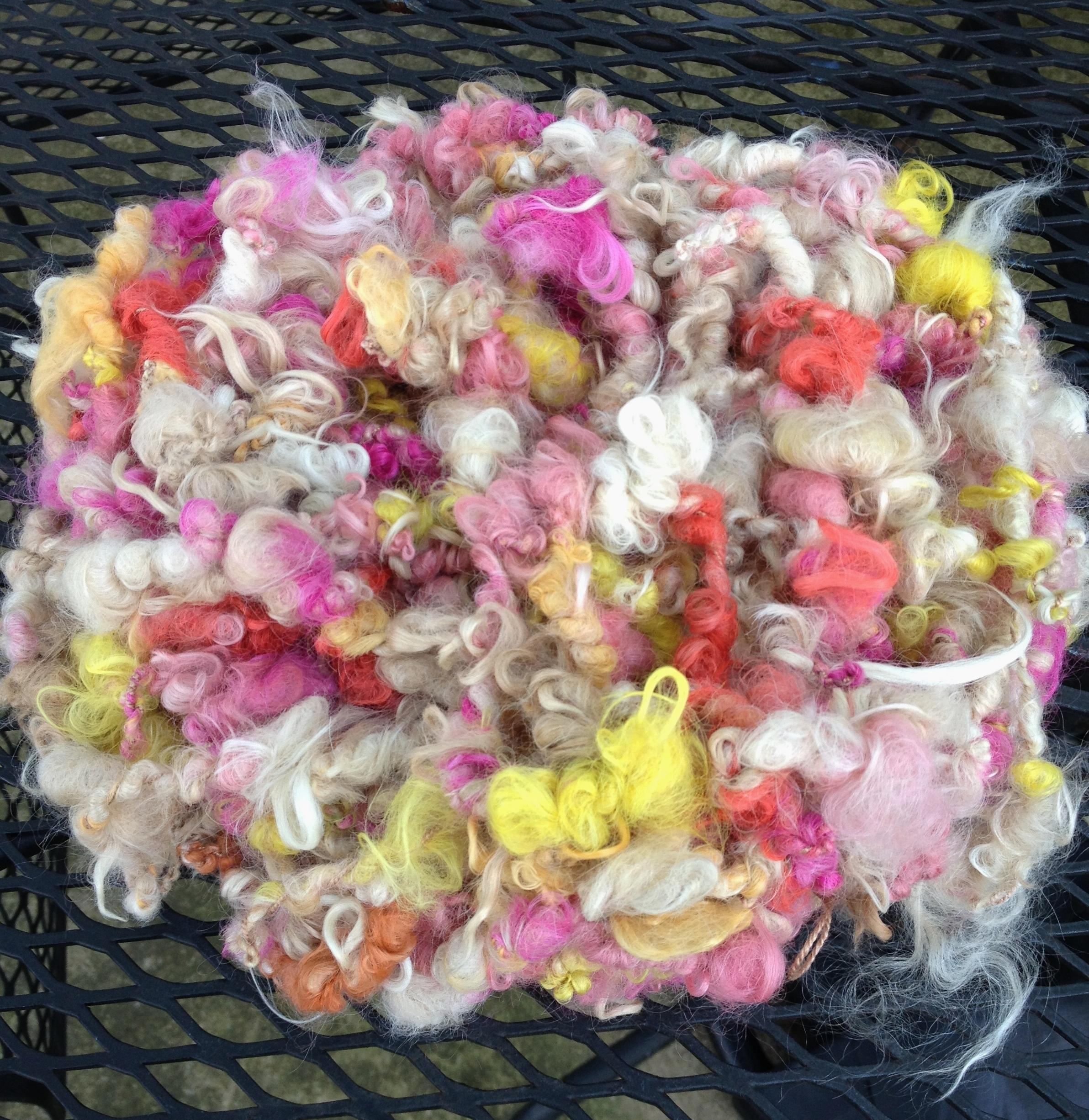 Suri Art Yarn - Daisy, Primula, Tomato, Pumpkin, Peppercorn, Natural White