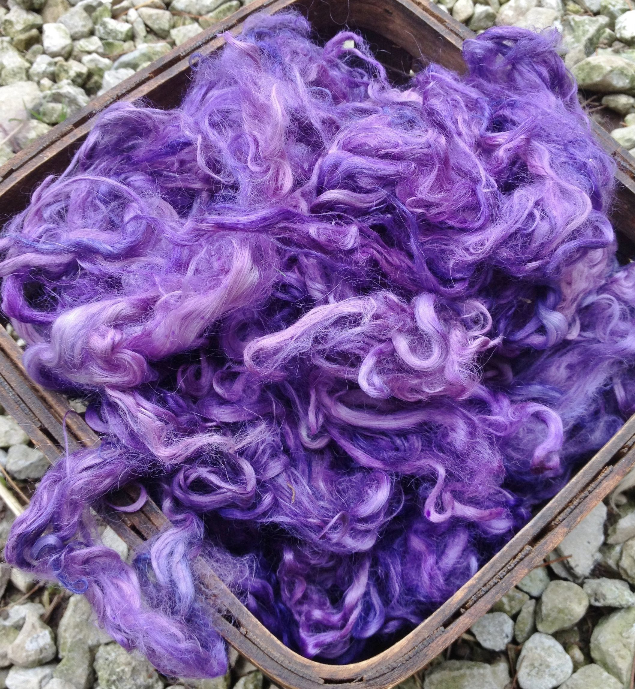 Hand-Dyed Suri Alpaca Fiber, 5 Inches, Mulberry 17761