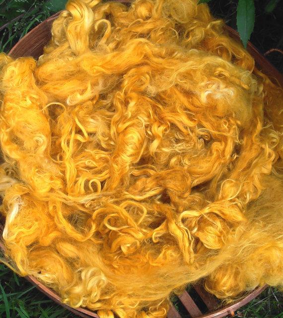Hand-Dyed Suri Alpaca Fiber, 5 Inches, Honeycomb 17816