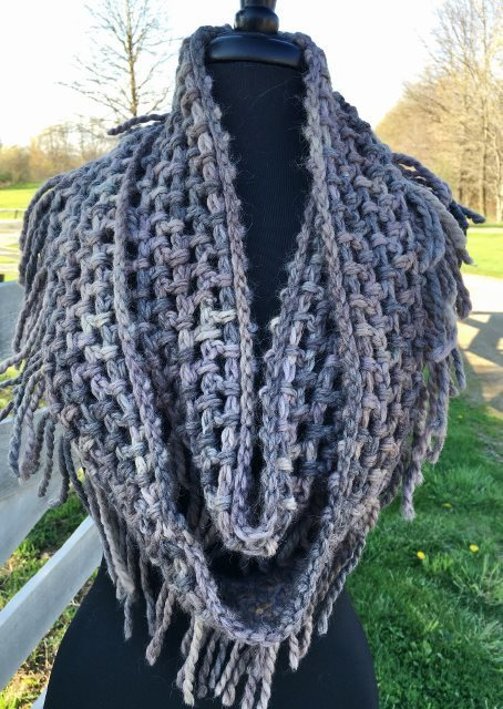 Chunky Fringed Infinity Scarf 17910