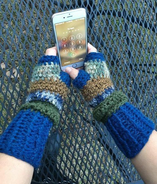 Fingerless Alpaca Gloves - Blue, Green, Bronze