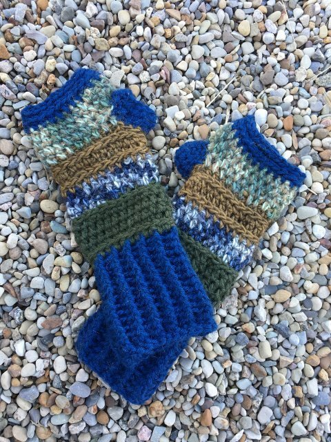 Fingerless Alpaca Gloves - Blue, Green, Bronze